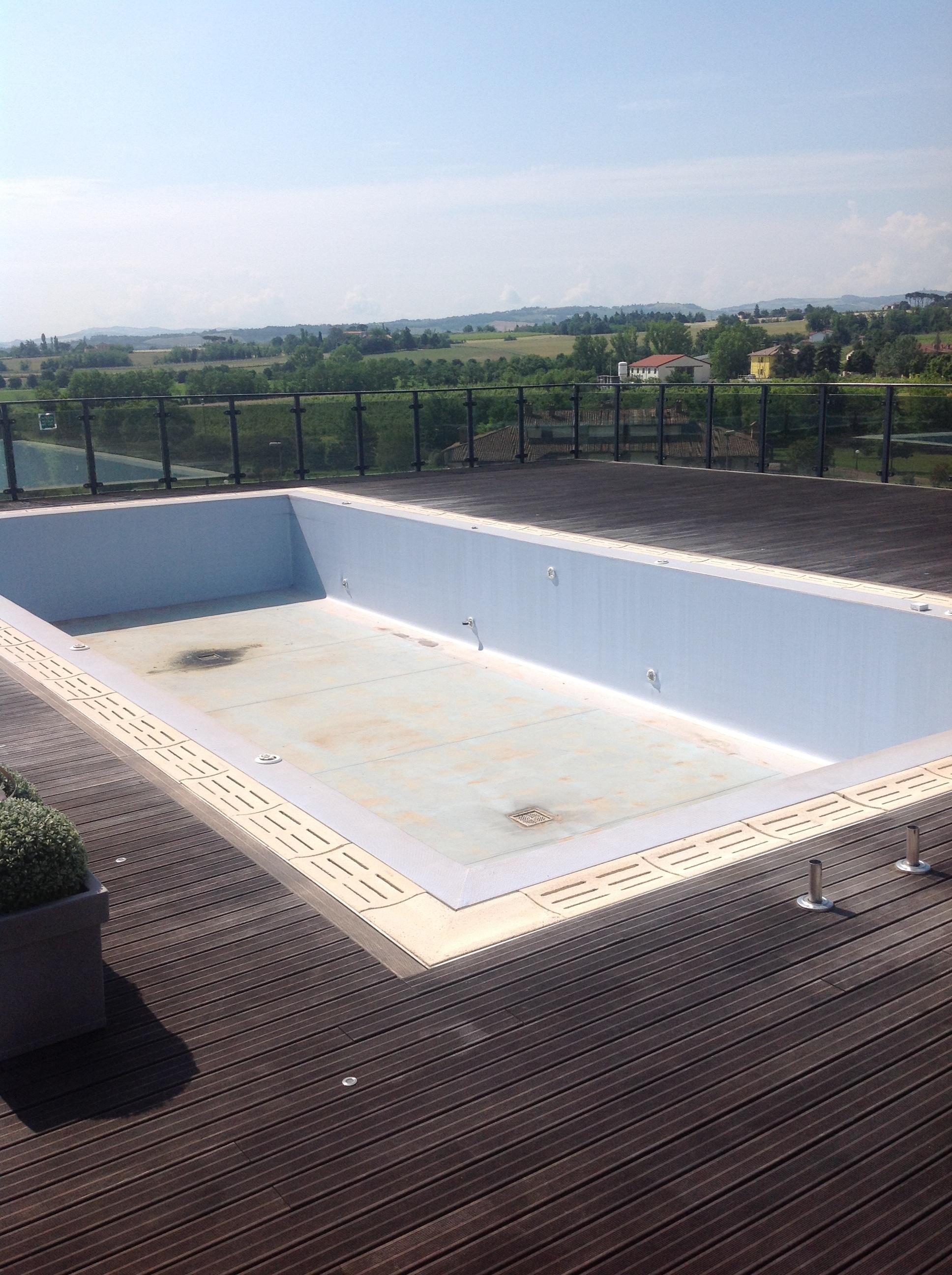 Manutenzione piscine 1