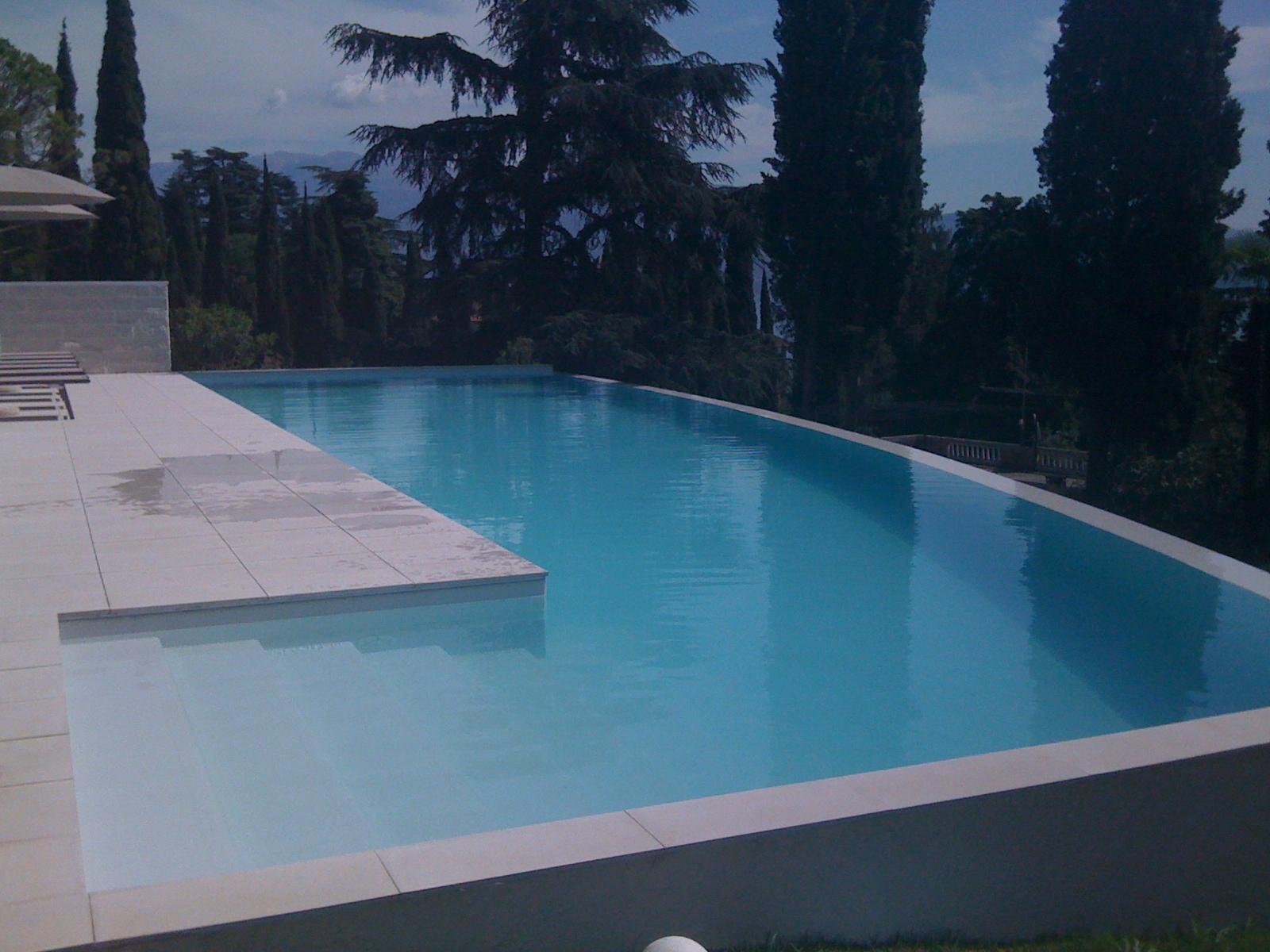 Piscine a sfioro sp termoidraulica arezzo manutenzione e - Prezzi piscine interrate chiavi in mano ...