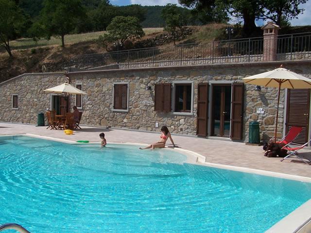 Manutenzione e costruzione piscine arezzo valdarno firenze - Piscine in muratura prezzi ...